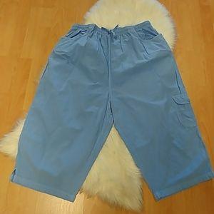 Pappagallo Periwinkle Crinkled Capri Cargo Pants